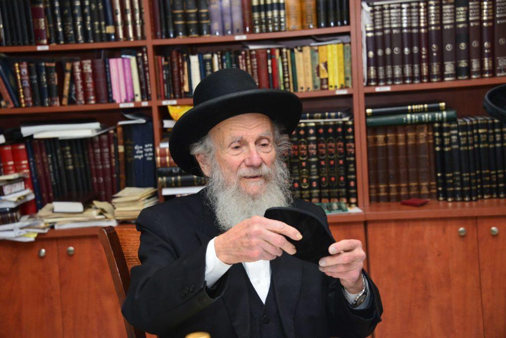 הרב אדלשטיין במעשה קניין לקרקע לפני שביעית